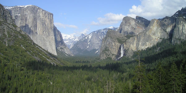 How To Make Yosemite Camping Reservations